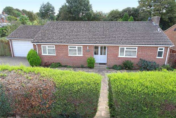 3 Bedrooms Detached Bungalow for sale in The Driftway, Old Manor Road, Rustington, West Sussex, BN16