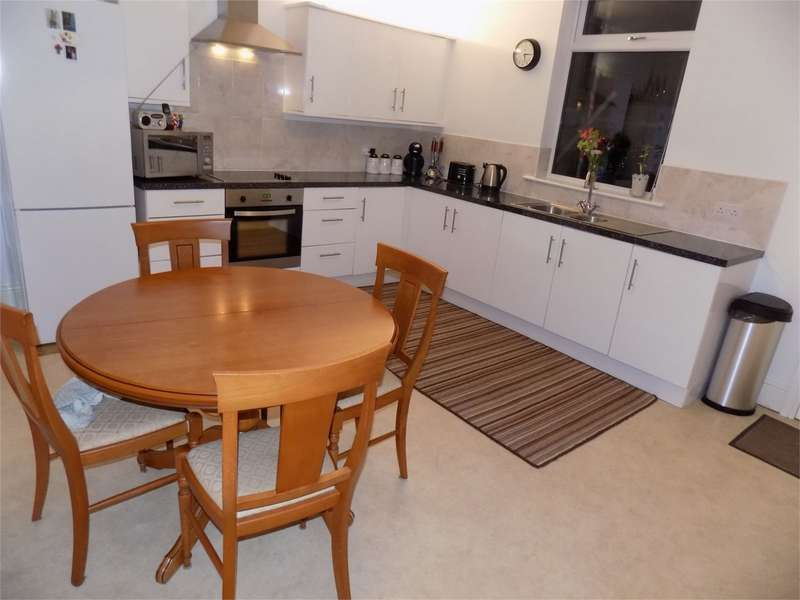 2 Bedrooms Terraced House for sale in Church Street, Westhoughton, Bolton, Lancashire