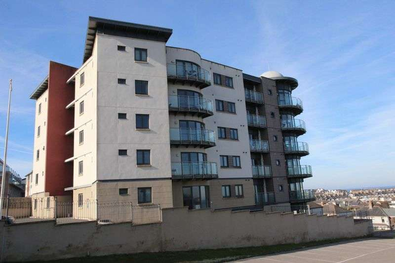 2 Bedrooms Flat for sale in Mount Wise, Newquay