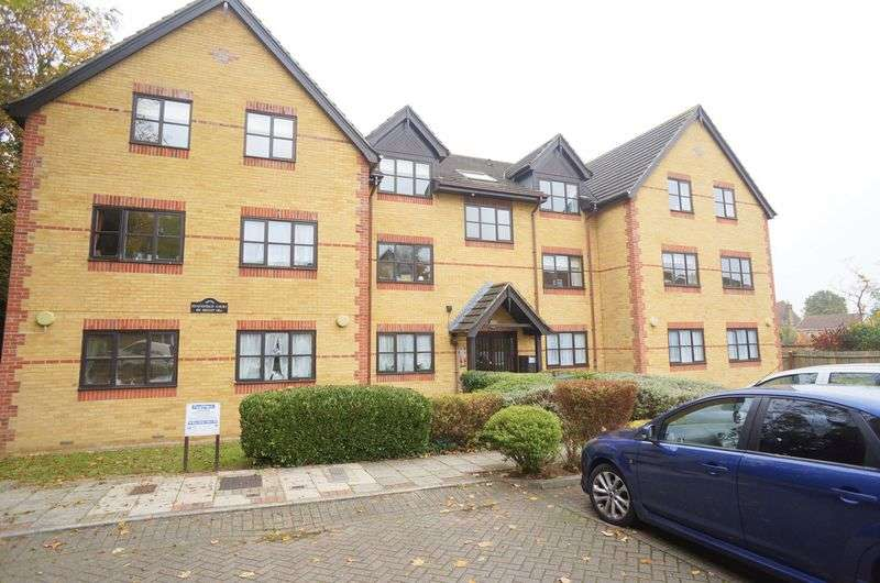 2 Bedrooms Flat for sale in Heathfield Court, 69 Sidcup Hill, DA14 6JA