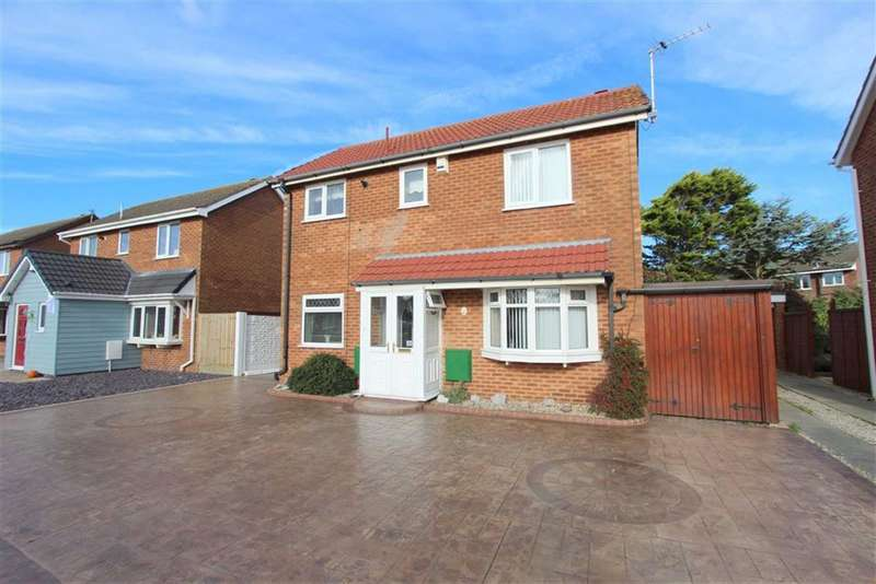 2 Bedrooms Property for sale in Frobisher Drive, Lytham St Annes, Lancashire