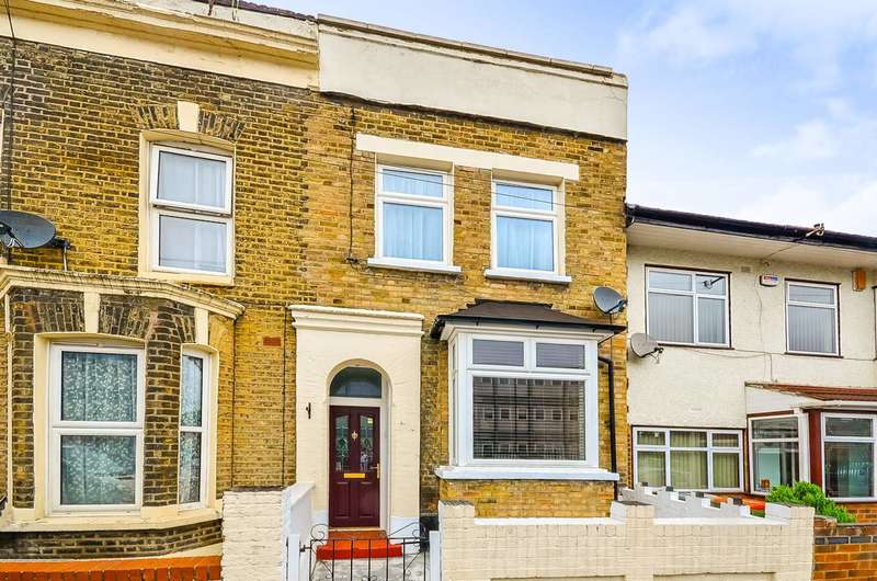 3 Bedrooms House for sale in Cedars Road, Stratford, E15