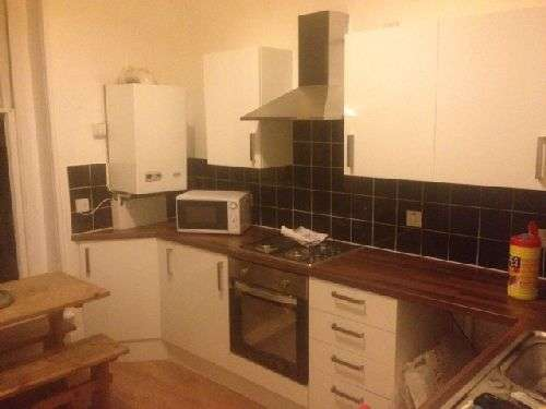 3 Bedrooms House Share for rent in Clarendon Road, Redland, Bristol, BS6 7EX