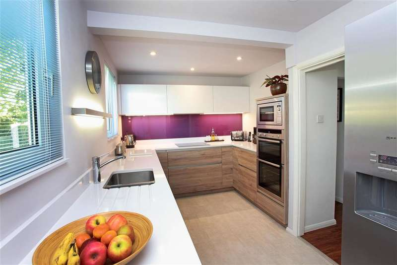 3 Bedrooms Bungalow for sale in Eynsford Road, Eynsford, Dartford, Kent