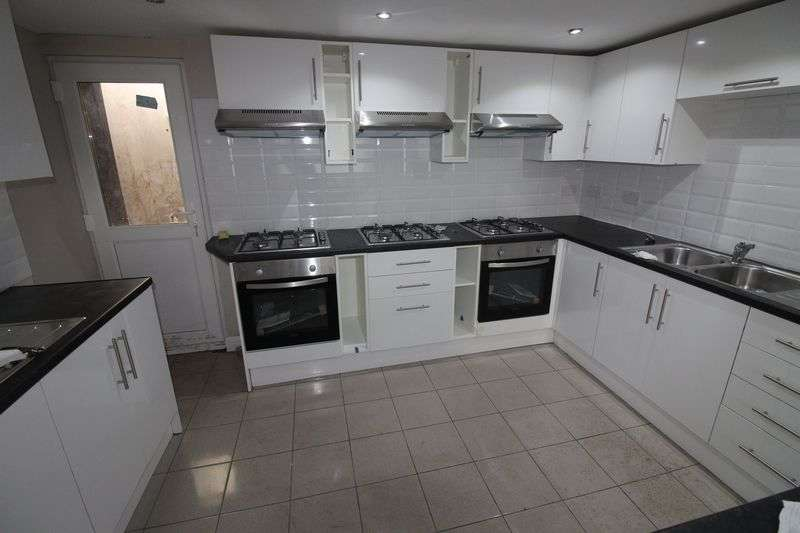 13 Bedrooms Terraced House for rent in Salisbury Road, Cardiff
