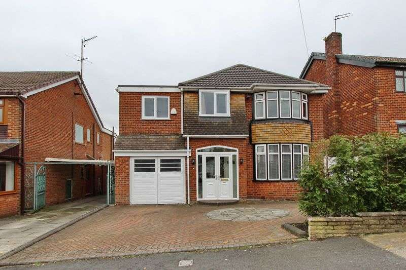 4 Bedrooms Detached House for sale in Sunny Bank Road, Unsworth Bury