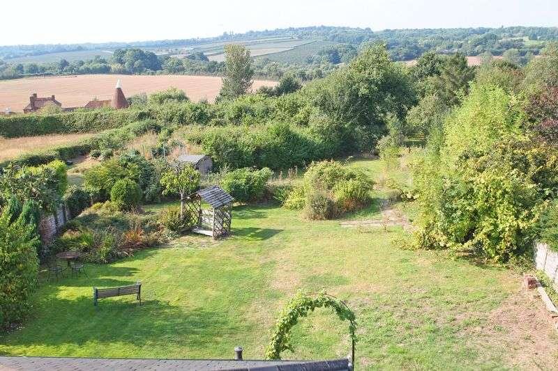 5 Bedrooms Property for sale in Horsmonden, Kent TN12 8NE