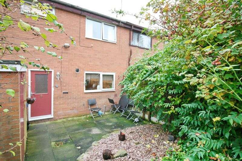 3 Bedrooms Terraced House for sale in Vicker Close, Swinton Manchester