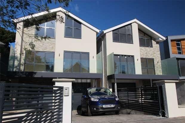 4 Bedrooms Detached House for sale in Grasmere Road, Sandbanks, Poole, Dorset