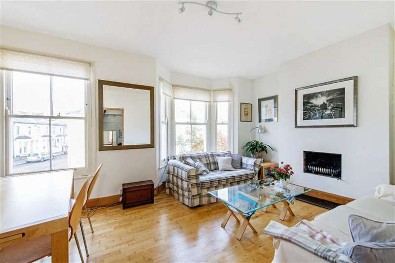 2 Bedrooms Flat for sale in Furness Road, Fulham, SW6