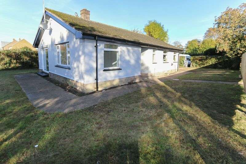 3 Bedrooms Detached Bungalow for sale in Ely Road, Littleport.