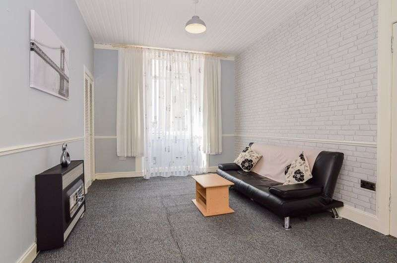 1 Bedroom Flat for sale in 92/3 Restalrig Road South, Restalrig, Edinburgh, EH7 6JB