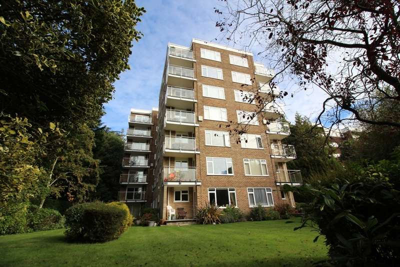 2 Bedrooms Apartment Flat for sale in Lindsay Road, Branksome Park, Poole