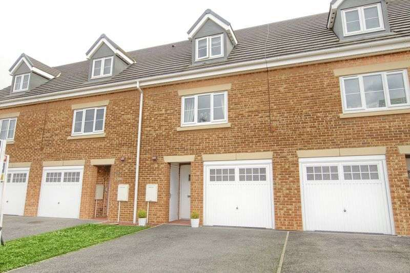 3 Bedrooms Terraced House for sale in Hillway, Ingleby Barwick