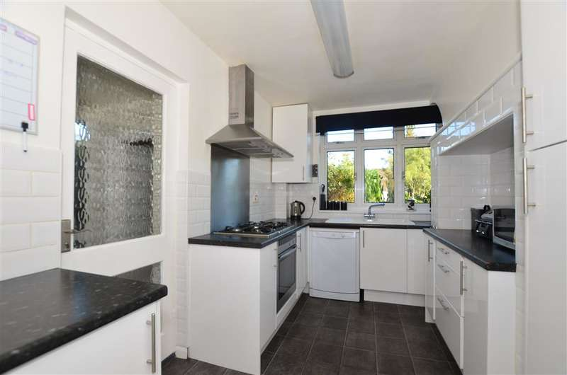 6 Bedrooms Detached House for sale in Woodstock Road, Sittingbourne, Kent