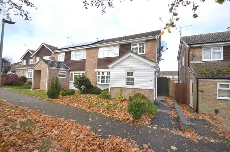 3 Bedrooms Semi Detached House for sale in Willowbank Walk, Leighton Buzzard