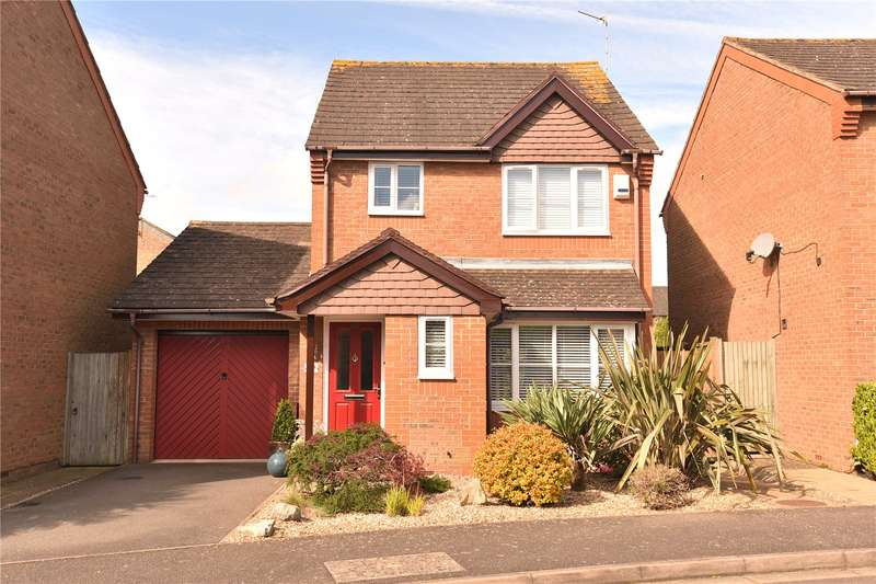 3 Bedrooms House for sale in Flemming Avenue, Eastcote, Middlesex, HA4