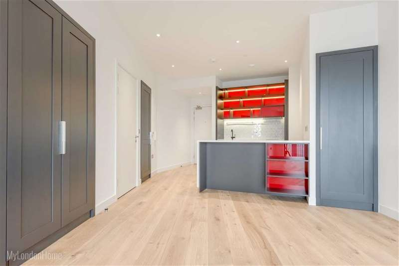 1 Bedroom Property for sale in Grantham Building, Canary Wharf, London, E14