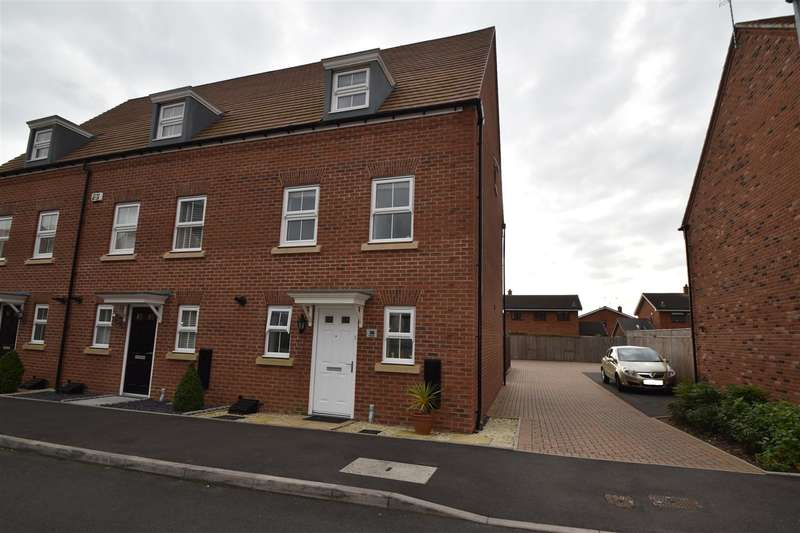 3 Bedrooms Property for sale in Lawley Way, Droitwich