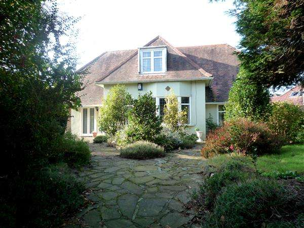 4 Bedrooms House for sale in Pantbach Road, Rhiwbina, Cardiff