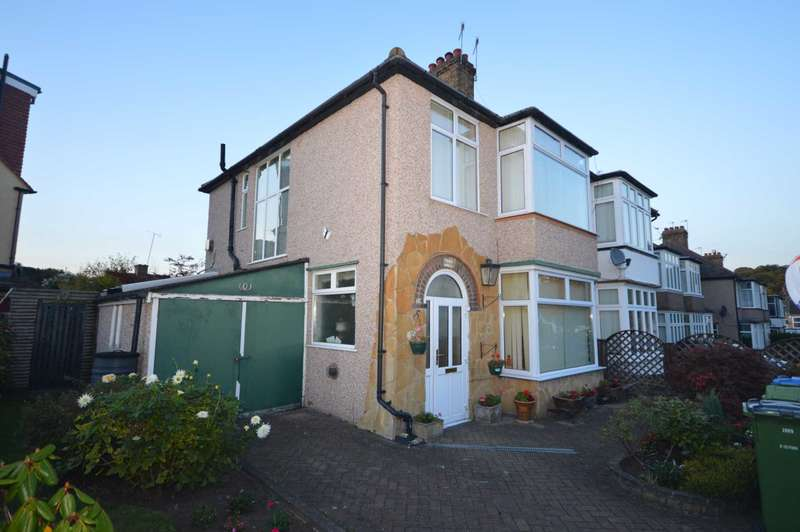 3 Bedrooms Semi Detached House for sale in Villacourt Road, Plumstead