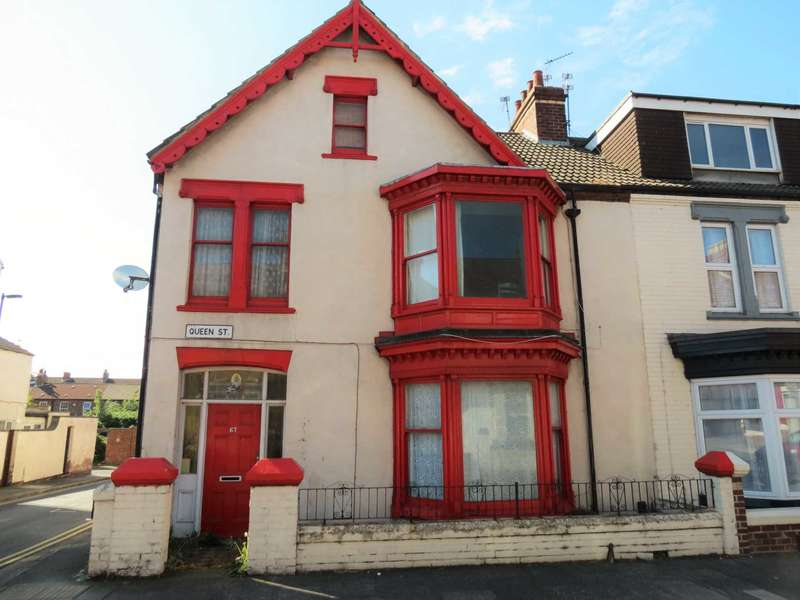 9 Bedrooms Terraced House for sale in Queen Street, Redcar