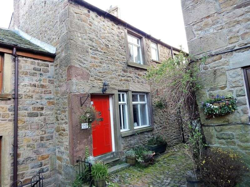 2 Bedrooms Terraced House for sale in Windy Street, Chipping, Preston