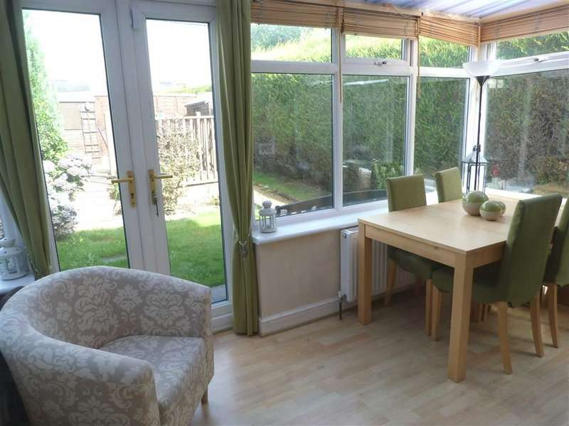 2 Bedrooms Property for sale in 12, Alma Drive, Dalton, Huddersfield