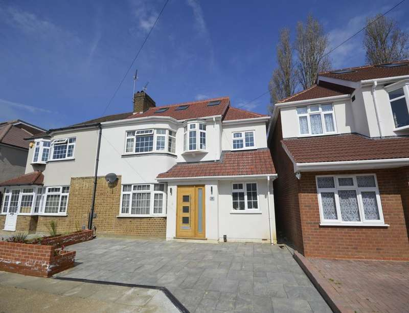 5 Bedrooms Semi Detached House for sale in Avondale Gardens, Hounslow, TW4