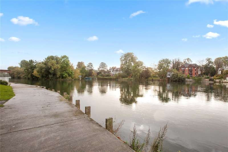 3 Bedrooms Flat for sale in Taplow Quay, River Road, Taplow, Maidenhead, SL6