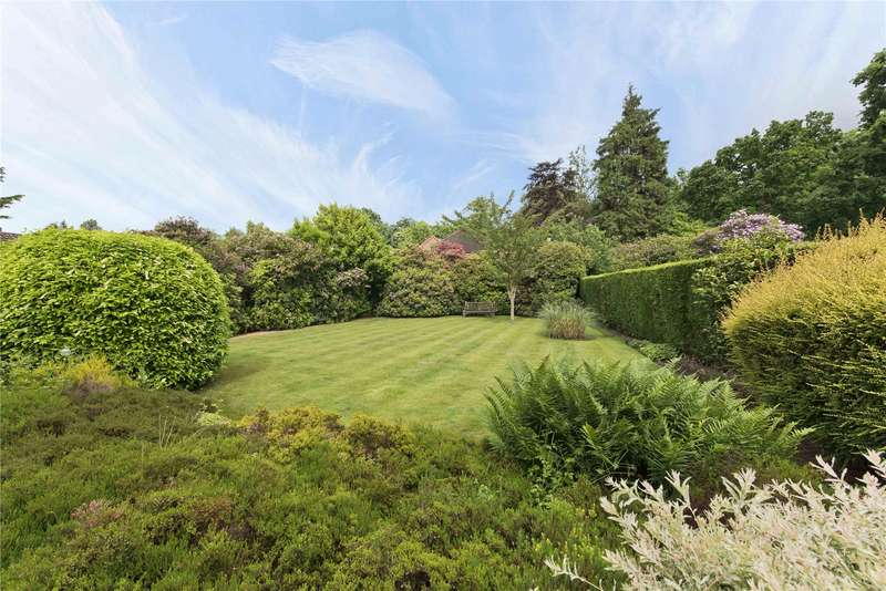 5 Bedrooms Semi Detached House for sale in Dartnell Park Road, West Byfleet, Surrey, KT14
