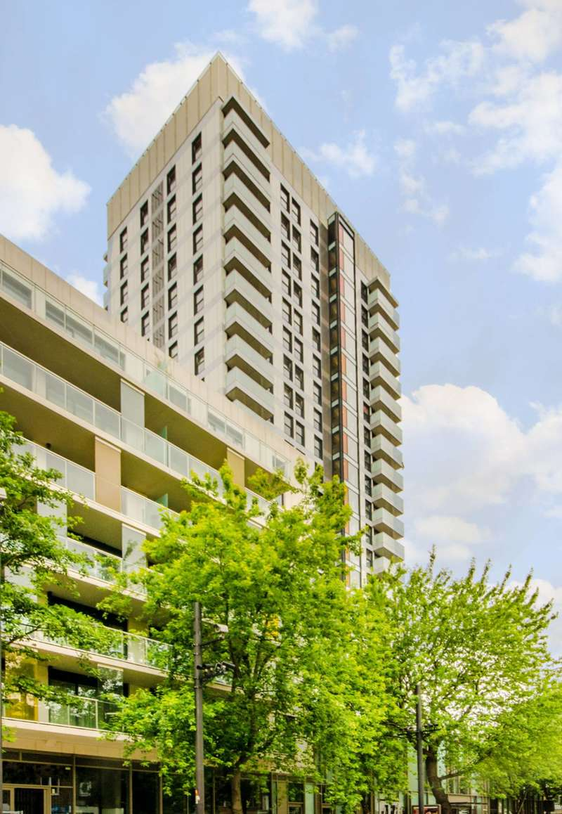 3 Bedrooms Flat for sale in Denning Point, Spitalfields, E1