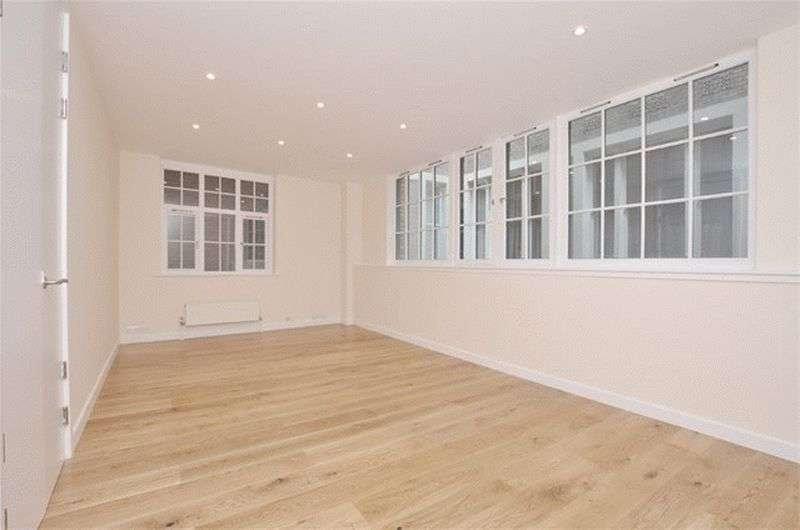 1 Bedroom Property for sale in Ludgate Square, London