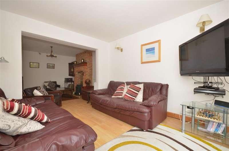 3 Bedrooms Semi Detached House for sale in Albert Road, Rustington, West Sussex