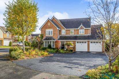 5 Bedrooms Detached House for sale in Fair-Green Road, Baldwins Gate, Newcastle, Staffordshire