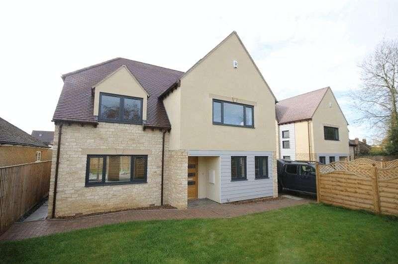 6 Bedrooms Detached House for sale in WARLAND GARDENS KIDLINGTON