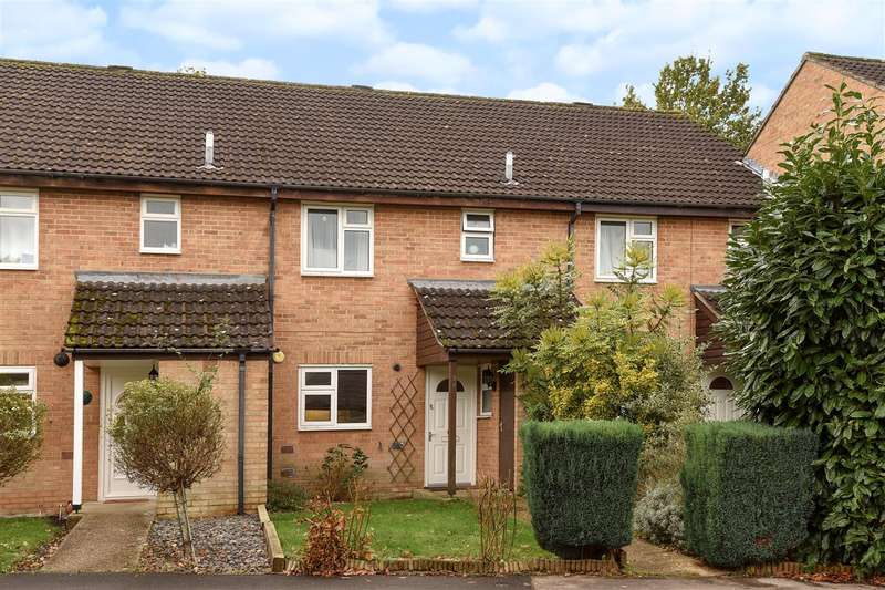3 Bedrooms Terraced House for sale in Roycroft Lane, Finchampstead, Wokingham