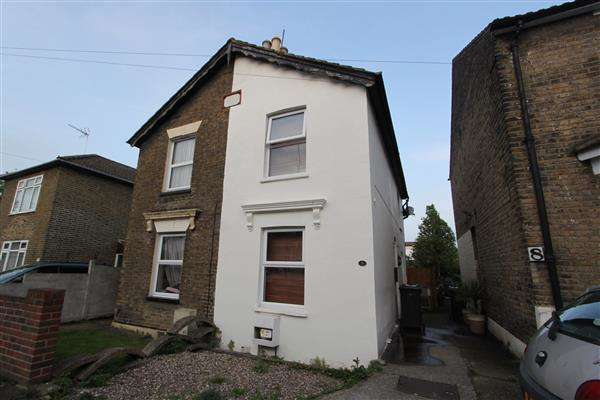 2 Bedrooms Semi Detached House for sale in Springvale Road, Dartford, Dartford