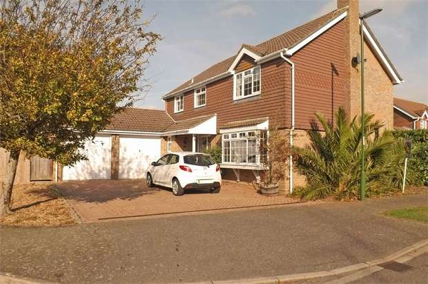 4 Bedrooms Detached House for sale in Apple Tree Walk, Climping, Littlehampton, West Sussex
