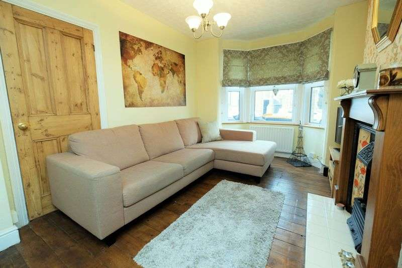 3 Bedrooms Terraced House for sale in Dudley Street, Castle Quarter, Bedford