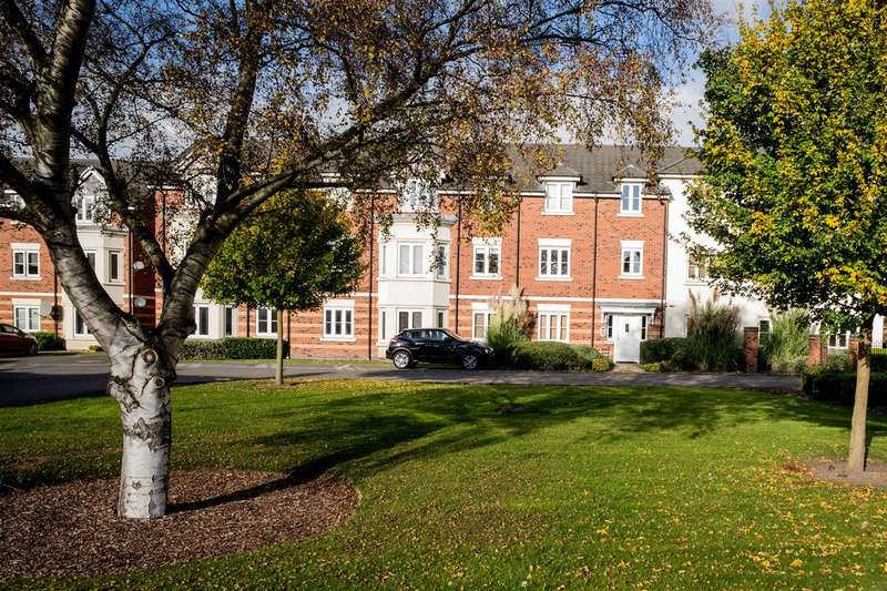 2 Bedrooms Apartment Flat for sale in Anderson House, Hollins Drive, Stafford