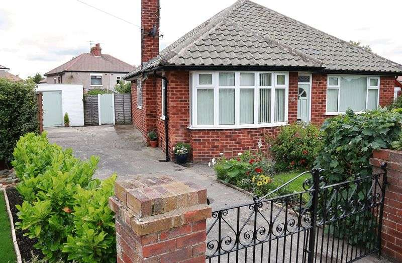 3 Bedrooms Detached Bungalow for sale in 15 Laurel Drive, Thornton-Cleveleys Lancs FY5 5EX