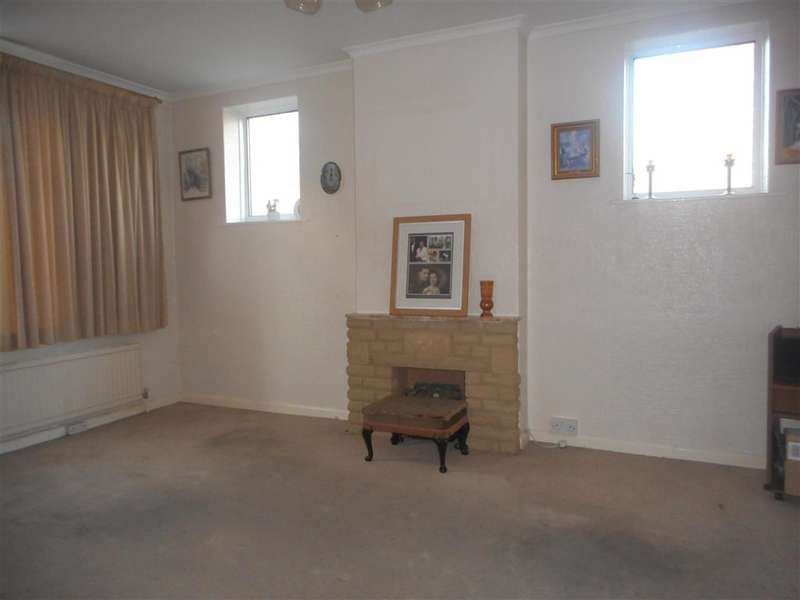 3 Bedrooms End Of Terrace House for sale in Rowlands Road, Dagenham, Essex