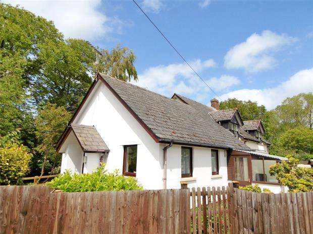 1 Bedroom Semi Detached Bungalow for sale in Banbury Court, Exeter Street, North Tawton, Devon