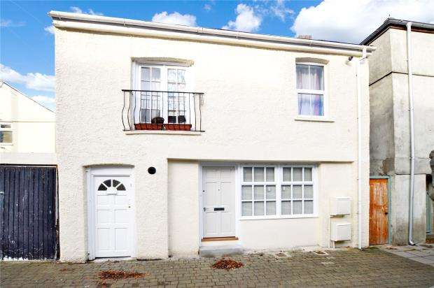 2 Bedrooms Semi Detached House for sale in Adelaide Lane, Plymouth, Devon