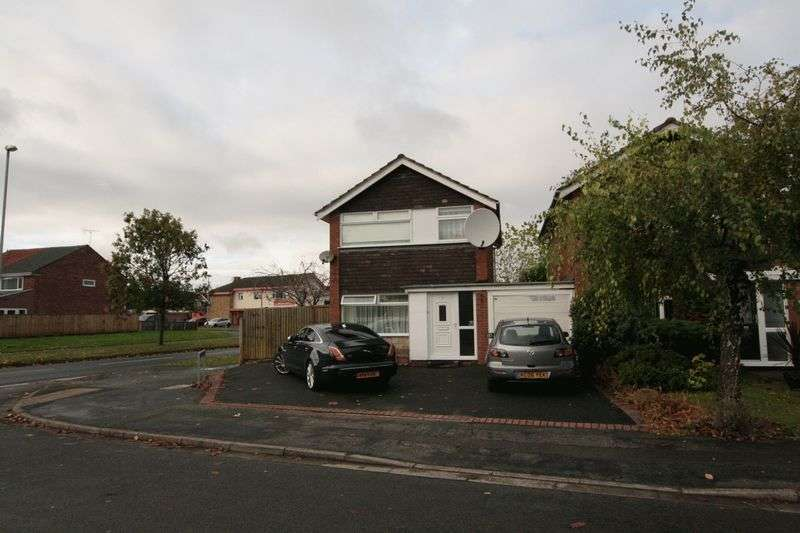 3 Bedrooms Detached House for sale in 3 Bedroom Detached Property