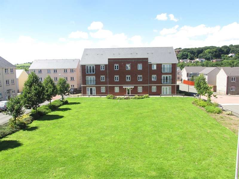 2 Bedrooms Apartment Flat for sale in Clayton Drive, Pontarddulais, Swansea