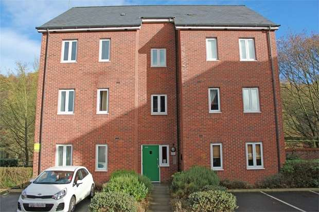 1 Bedroom Flat for sale in Hamble Croft, Radcliffe, Manchester, Lancashire
