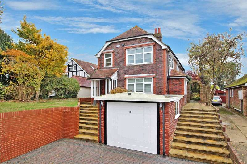 3 Bedrooms Detached House for sale in Half Moon Lane, Salvington, Worthing, BN13