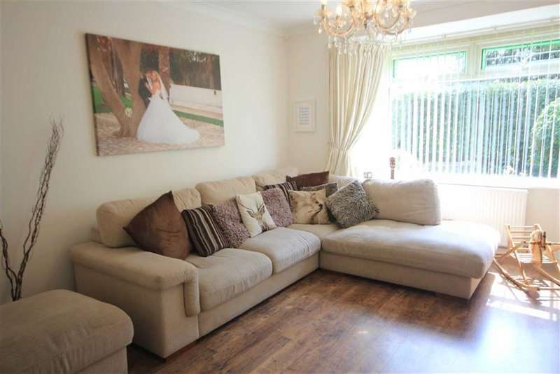 3 Bedrooms Property for sale in Rochdale Old Road, Bury, Bury